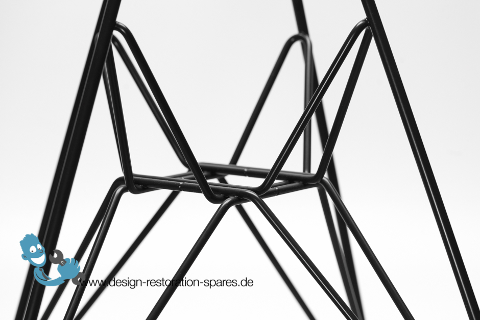 eames plastic chairs dsr dar dkr eiffel base. Black Bedroom Furniture Sets. Home Design Ideas